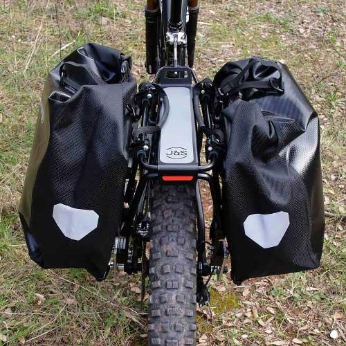 Equipamiento, portabultos ElBurro Rack, alforjas y accesorios para tu ruta cicloturista con tu bicicleta mtb, e-bike o gravel. Con alforjas Ortlieb.